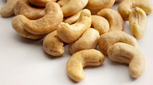 642x361-are_cashews_good_for_you